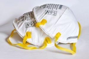 എൻ- 95 മാസ്ക് ഒറ്റത്തവണ ഉപയോഗിക്കുന്നതാണ് നല്ലതെന്ന് മുഖ്യമന്ത്രി ; കൂടുതൽ തവണ ഉപയോഗിക്കാനുള്ള ശാസ്ത്രീയ രീതിയും വിശദീകരിച്ചു